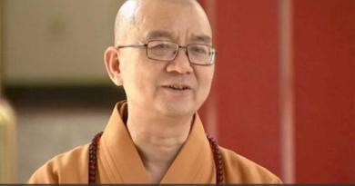буддиста обвинили в принуждении монашек к сексу