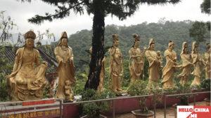 Монастырь Десяти тысяч Будд (фото 22)