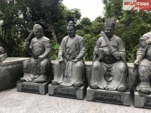 Монастырь Десяти тысяч Будд (фото 7)