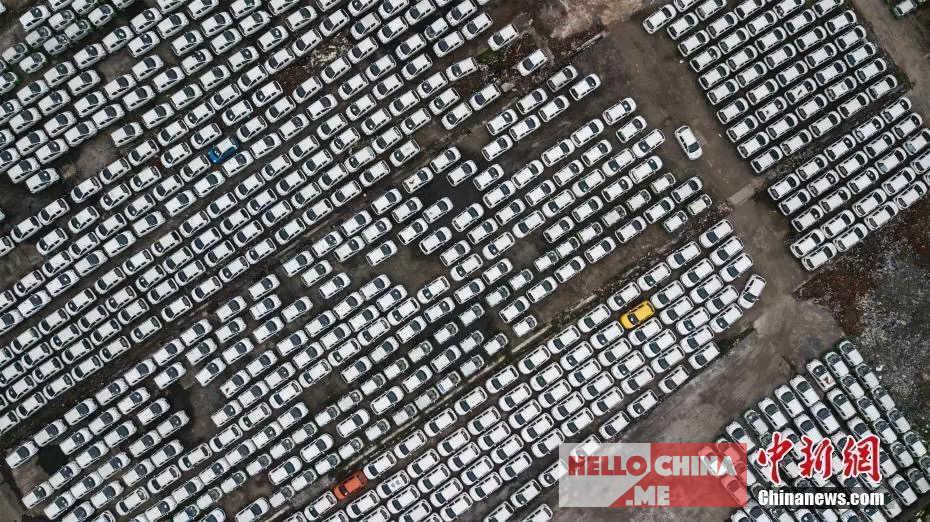 Автомобильное кладбище в Китае фото 3